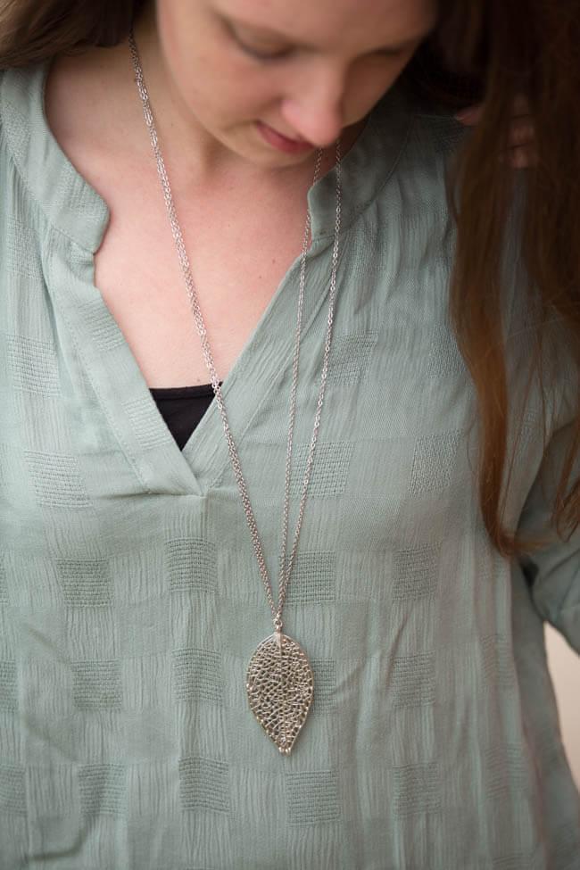 Stitch Fix Ahrens Leaf Pendant Necklace